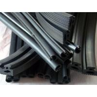 Cheap EPDM Extrusion Auto Sealing Strip (RNC-003) for sale