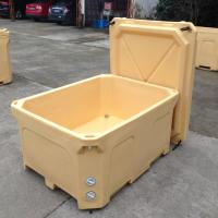 Cheap 600L Rotational molded plastic fish box with insulation material ice fish box for sale
