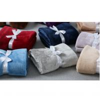 China 100 Polyester Microfiber Soft Flannel Blankets , Warm Plush Throws And Blankets on sale