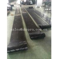Cheap Heavy Duty Roller Canvas Conveyor Belt For Sand Conveying Machine , Flat / Cut Edge Type for sale