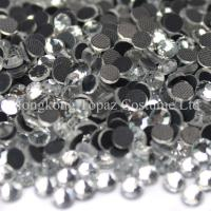 Cheap crystal clear flat back hot fix rhinestone machine cut glass stone for sale