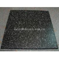 Cheap Multi-color rubber pavers Smooth embossed Surface , crumb rubber tile flooring for sale