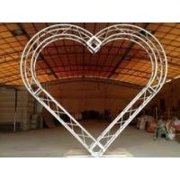Pink / White Circular Wedding Truss Spigot Heart Shaped 4 - 6 parts