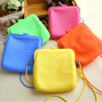China 2015 china wholesale silicone handbags/shoulder bag for woman beach on sale