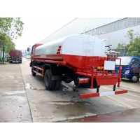Cheap 15 Cubic Metre 18 Ton Dongfeng 4x2 6x4 Water Tank Fire Truck Sprinkler Sale for sale