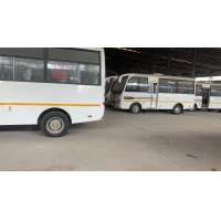 Cheap 19 Seats 2015 Year Used Mini Bus With RHD Steering for sale