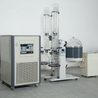 Cheap Hemp Extraction Evaporator Set Essential Oil Roto Vap Industrial Alcohol Small Distillation Equipment for Oil for sale