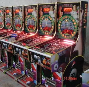Cheap 2011 RACE QUEEN pinball machine  for sale