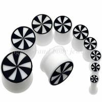 Cheap Beautiful Stripe White, Black Non - Toxic 22mm, 24mm Silicon Ear Expander Plugs Without Tags for sale